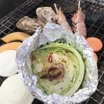 魚太郎 浜焼きバーベキュー - ちょっとおしゃれな、アンチョビキャベツ
