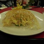赤坂 四川飯店 -  彩り海鮮団子と春野菜の炒め・その1です。