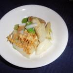 赤坂 四川飯店 -  彩り海鮮団子と春野菜の炒め・その2です。
