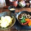 海ぞく - 料理写真:イカ墨スープカレー