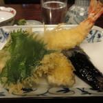 105685178 - 車海老天に茄子、さつま芋、大葉の天ぷら