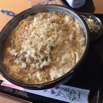 そば処とう庵 - 料理写真:たぬきとじそば