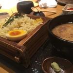 八吉 - 魚介つけ麺¥880
