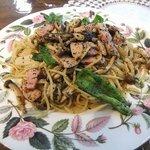 ドリプレ・ローズガーデン カフェ - 森のキノコのスパゲティ