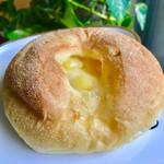 105700524 - コーンチーズパン