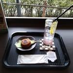 まる桜花ふぇ - 料理写真: