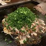 お好み焼き もんじゃ 上野 ぐりぐり - 広島風お好み焼き
