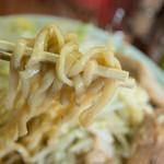 ラーメン髭 - むっちり麺