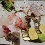 105724656 - 鳴門の鯛、太刀魚炙り