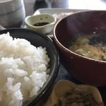 むちゃく - ご飯と味噌汁
