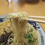 105733162 - 博多とんこつ麺リフトアップ