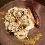 フォース - 魚介クリームソースパスタ