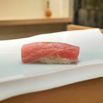 鮨 なんば - 料理写真:大トロ