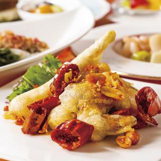 ランチでお得に本格広東料理。平日ランチ限定の個室プランも!