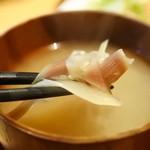 喜きつ - ミョウガのお味噌汁