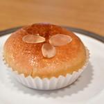 BOUL'ANGE - クリームパン@250円