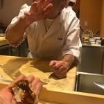 小松 弥助 - 煮蛤