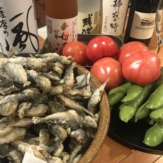 季節の食材が楽しめます。コースは飲み放題付きで4500円より