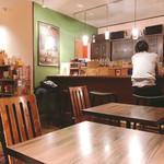 カフェ オレンジ - 内観