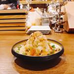 浜松町にビストロおじさまを。sasaya - 燻製にした鯖とからすみのポテトサラダ