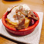 浜松町にビストロおじさまを。sasaya - ビストロお好み焼き 半熟玉子と自家製パストラミのビスマルク