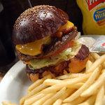 Hungry Heaven - ベーコンチーズバーガー