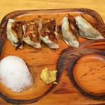 ラーメン コント - Cセット¥750の餃子