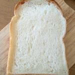 THE FARM TOKYO - BAKERY『トラスパレンテ』さんで購入 【プリマベーラ】ほんのり甘味がある食パン♪