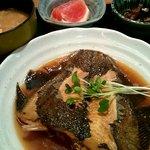 四季彩 - カレイ煮付定食・丸々一匹
