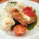 洋食 ノブ - 本日のランチプレート♪(800円)