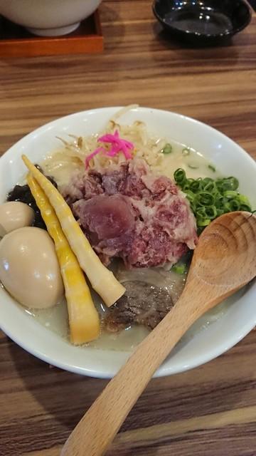 麺や 六六拳 - バッファローメン(味玉)