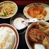中国家庭料理 上海や - 料理写真:日替わりランチ
