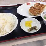 餃子の王将 - 料理写真:餃子定食シングル