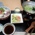 和食 すずなり - 料理写真:生ちらしセット 1250円