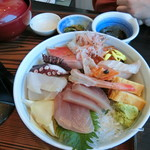 網元料理 徳造丸 - 「海鮮丼」2,300円