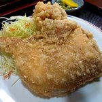 竹田丸福 - 料理写真:この巨大なもも肉にしゃぶりつけ!