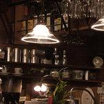 レストラン&カフェ PAO - オシャレなインテリア。