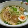 麺や hide - 料理写真:「マグロ出汁の中華そば」①