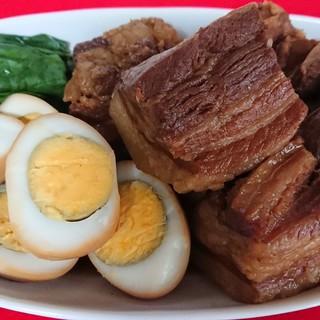 季節のお料理!豚角煮!只今、個別盛りです。1万円コース