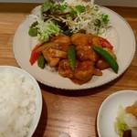 しまうま食堂 - 鶏の甘酢炒め
