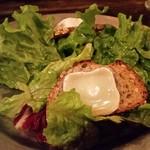 Boulangerie Bistro EPEE - シェーブルチーズのサラダ