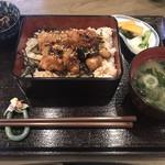 なむさん - 焼き鳥丼