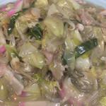 長崎飯店 - この海鮮野菜の餡が絶妙です!