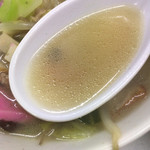 長崎飯店 - チャンポンのスープ。