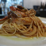 Meat&wine BACCHUS - 渡り蟹のトマトクリームパスタ 横から