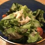 105885390 - 新玉葱のドレッシングのサラダ