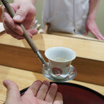 日本料理 太月 - お出汁の味を聞く