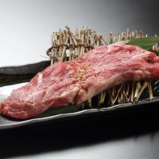 肉刺し、肉寿司もついたプレミアム食べ放題!!