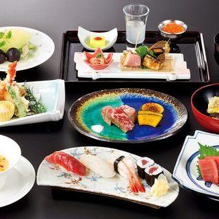四季折々の恵みを織り込んだ日本料理に舌鼓