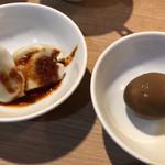 105898277 - 水餃子と煮卵